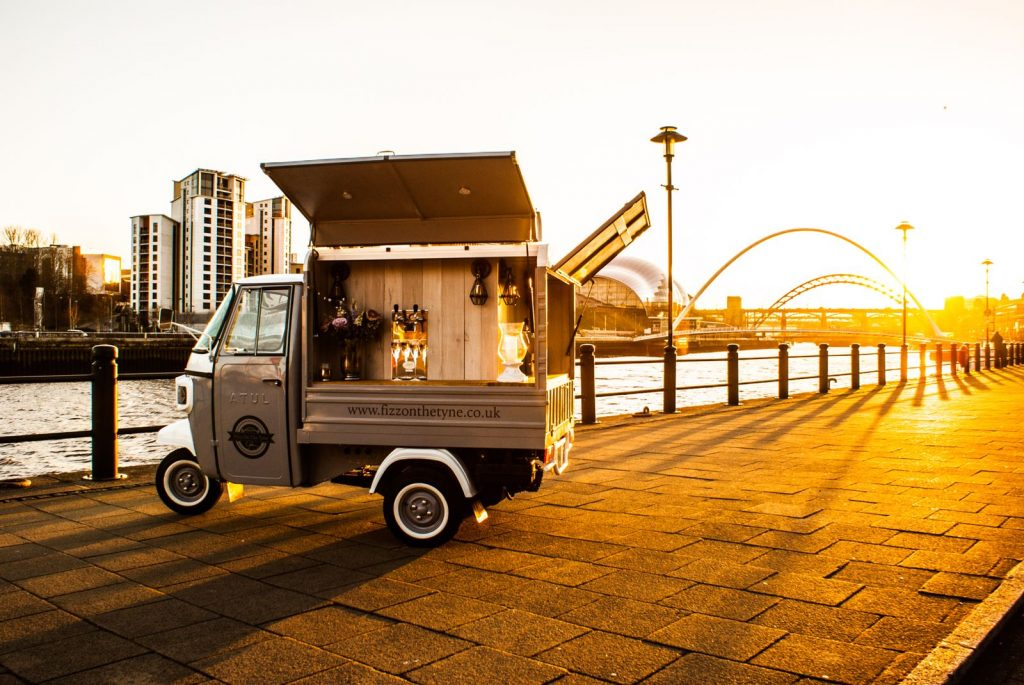 Mobile Prosecco Bar Low Cost Startup Business Website